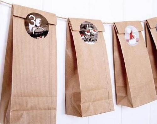 sacola com adesivo